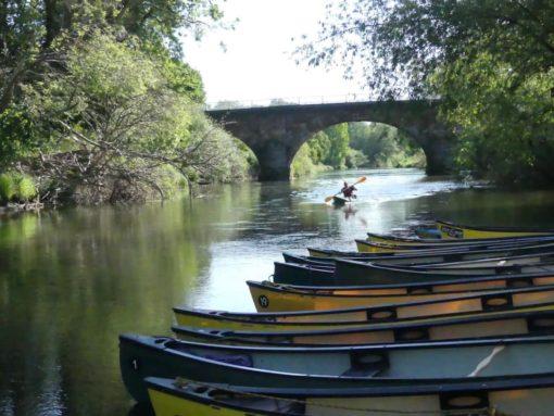 Hire a Canoe Montford Bridge Shrewsbury canoe kayak SUP hire
