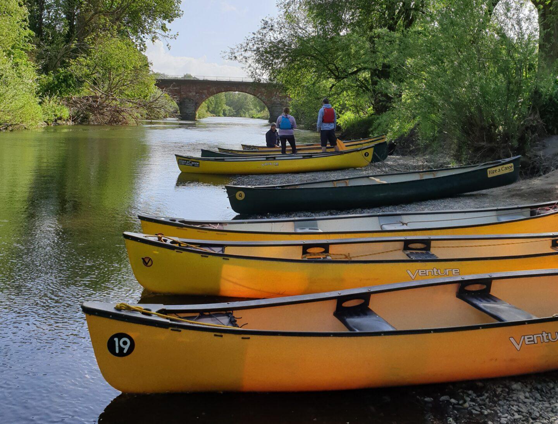 Hire a Canoe Montford Bridge A5 Shrewsbury Wales
